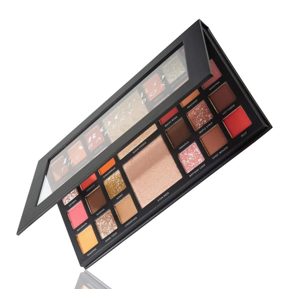 LaRoc Pro 26 Colour Makeup Palette - The Bakery Box 1