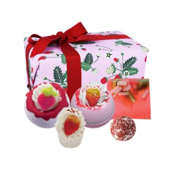 Bomb Cosmetics Strawberry Feels Forever Gift Pack
